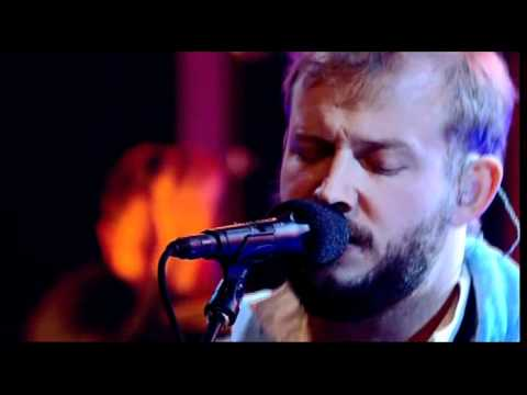 Bon Iver – «Towers» (Later With Jools Holland live)